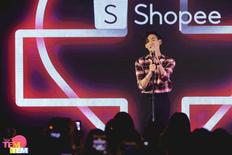 (PIC) Shopee BamBam Homecoming