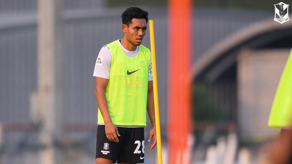 ทีมชาติไทยระส่ำ ธีรศิลป์ ขอถอนตัวจากทีมชุดฟุตบอลโลก 2022 รอบคัดเลือก
