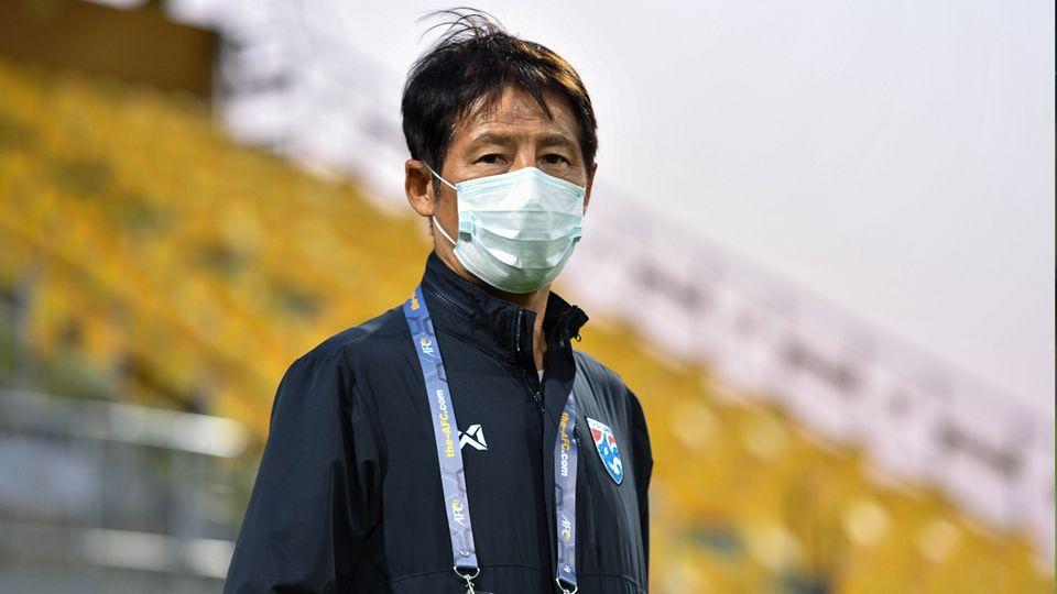 แฟนบอลไทยว่าไงหลัง นิชิโนะ คุมทีมชาติไทยแพ้ยูเออี 1-3 ตกรอบฟุตบอลโลก 2022 รอบคัดเลือก