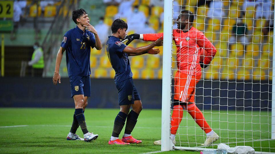 รอ 4 ปีหน้า! ทีมชาติไทย บุกแพ้ ยูเออี 1-3 แทบจะตกรอบฟุตบอลโลก 2022 รอบคัดเลือก แน่นอนแล้ว