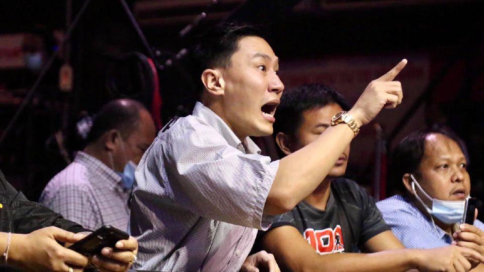 ตำรวจออกหมายจับล่าตัว อุดม จารย์ลี ผู้จ้างวาน ฟ้าวันใหม่ ล้มมวยในศึกมวยไทยของ เสี่ยโบ๊ท